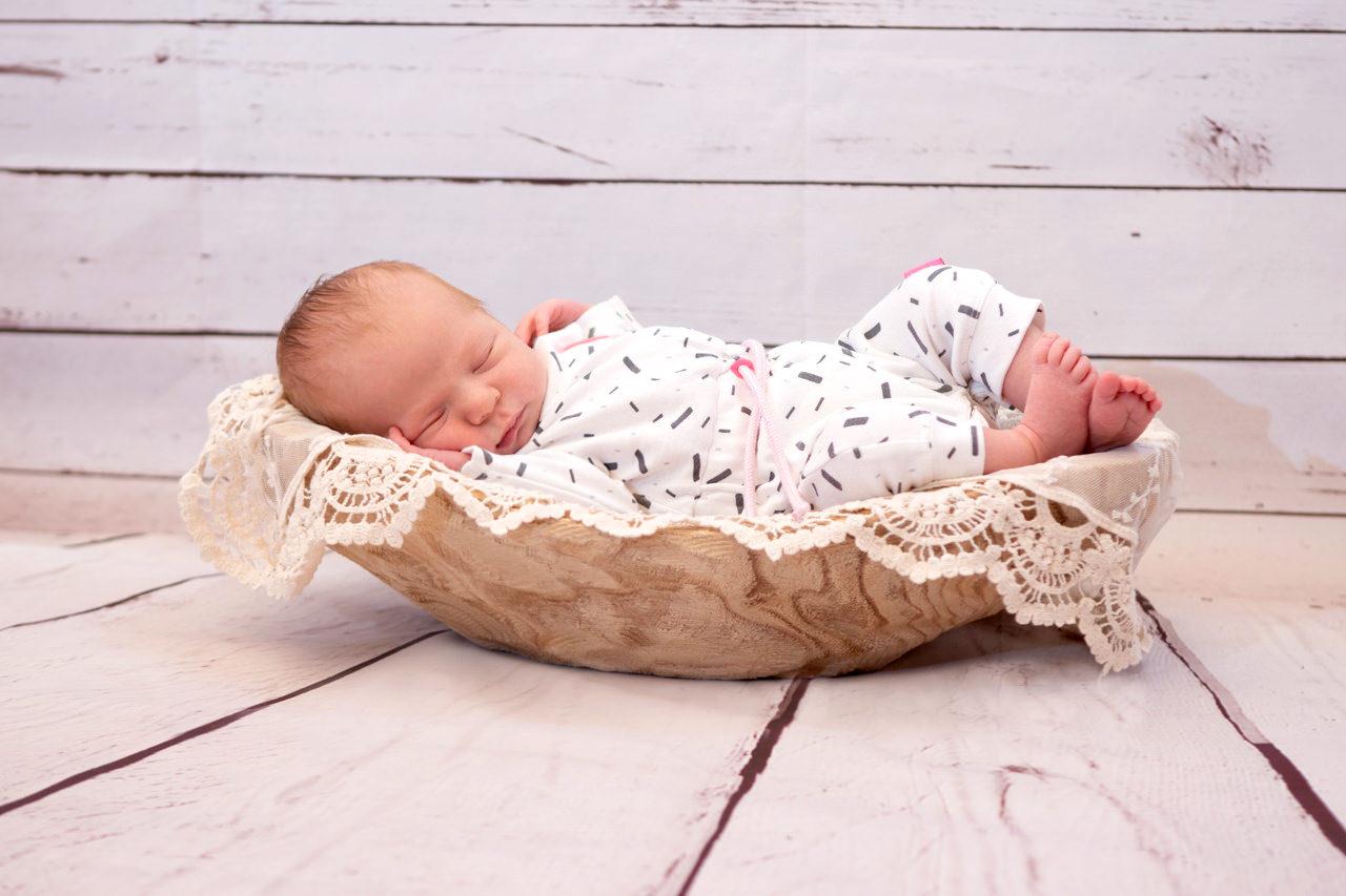 Newbornfotos Dresden Baby schläft