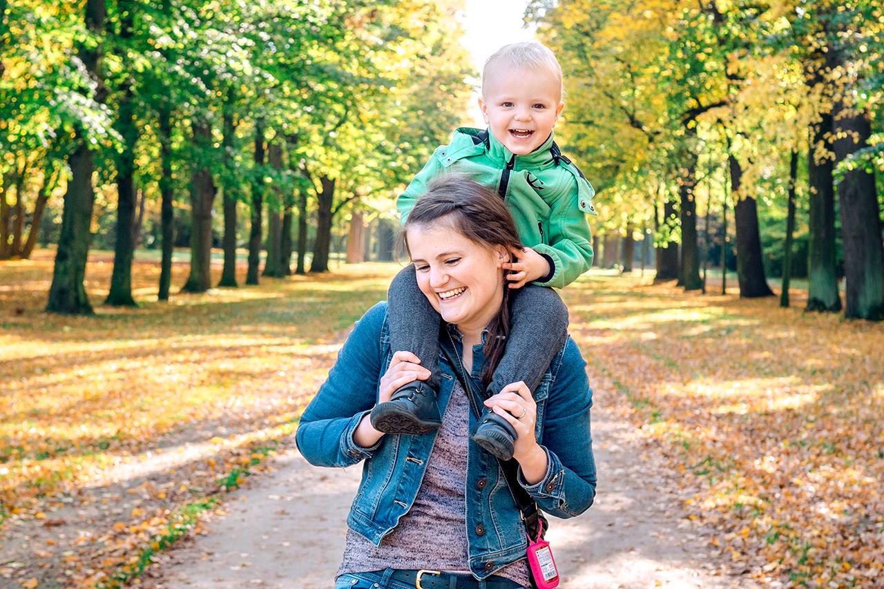 Mutter und Sohn Familienfotograf Dresden